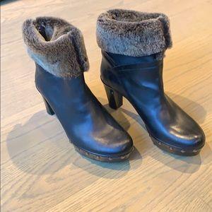 Stuart Weitzman fur lined heeled boot (7.5)